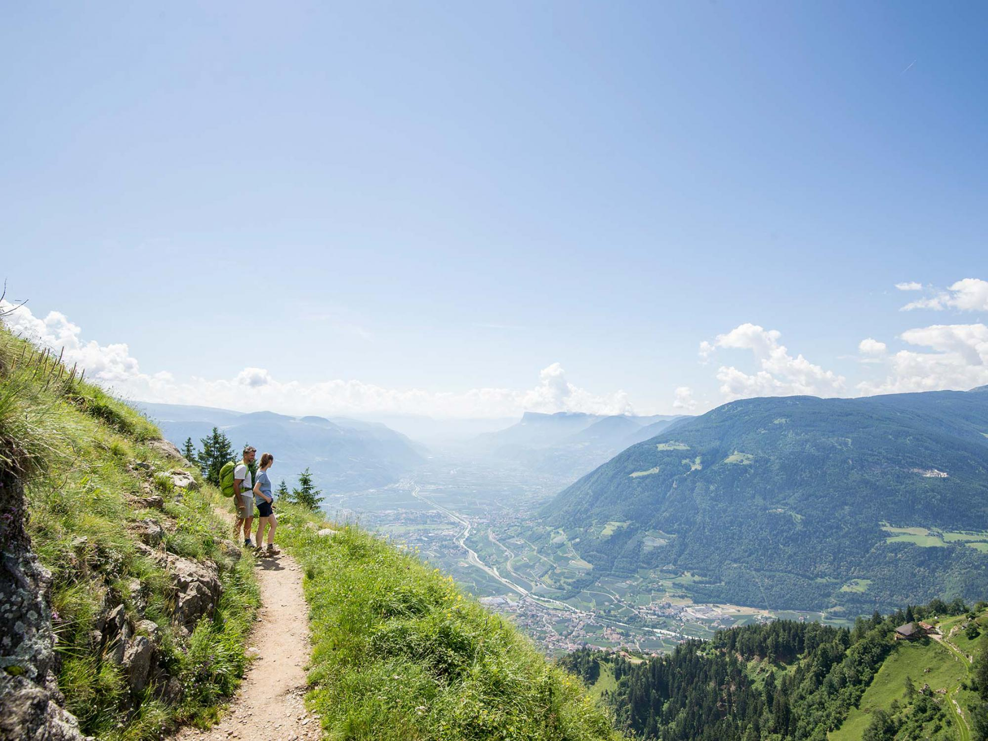 Exciting hikes on the Meraner Höhenweg or Merano High Mountain Trail